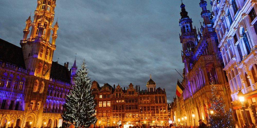 15 photo perso (je crois) Noël GD Place Bruxelles - copie
