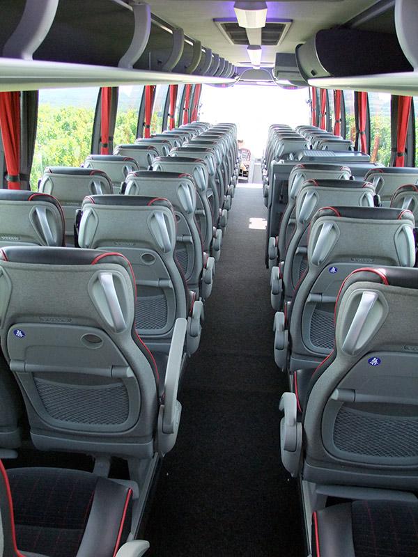 Qui sommes nous - Antares tourisme - voiture 1